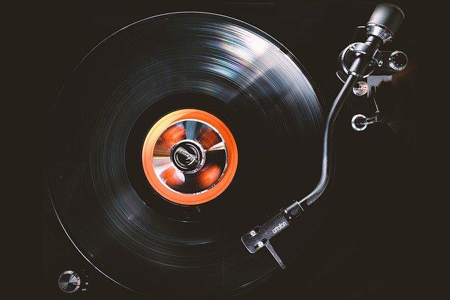 gramofony Praha
